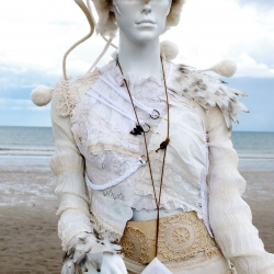 Nehalennia upcycled outfit by Heidi Soos, details with recycled plastic-milk cartons